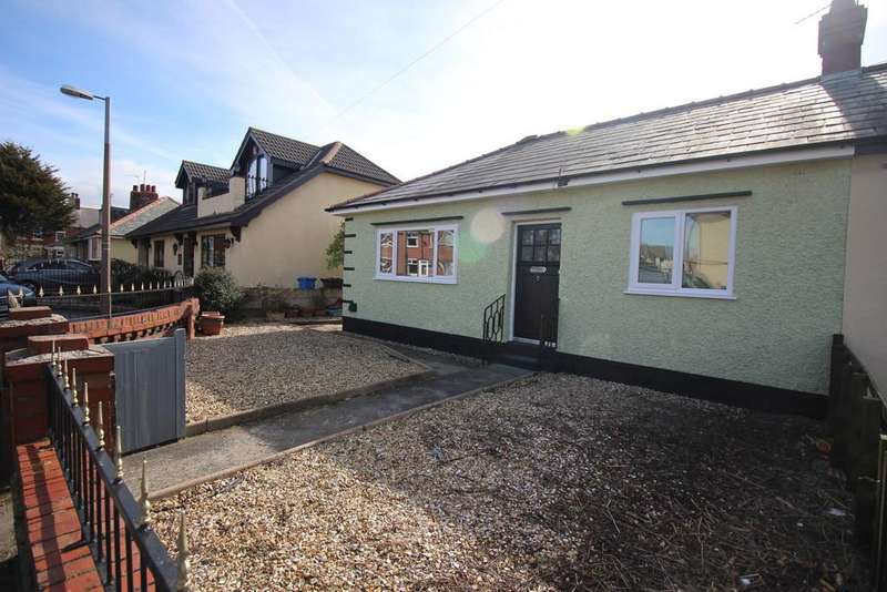 2 Bedrooms Semi Detached Bungalow for sale in Lyme Grove, Knott End-on-sea