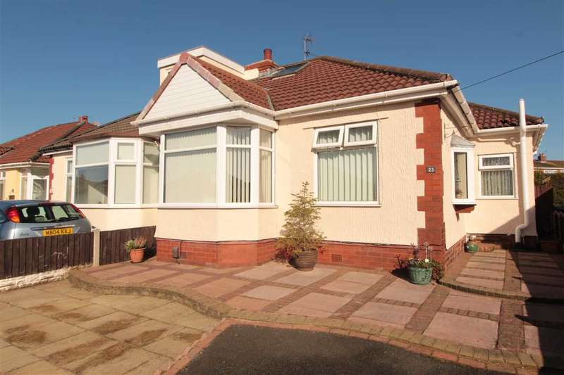2 Bedrooms Bungalow for sale in Moss Lane, Maghull