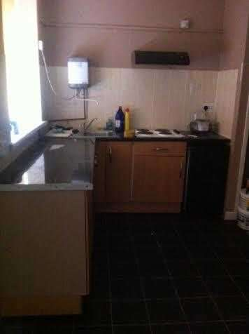 1 Bedroom Apartment Flat for rent in Ynyshir Road, Porth