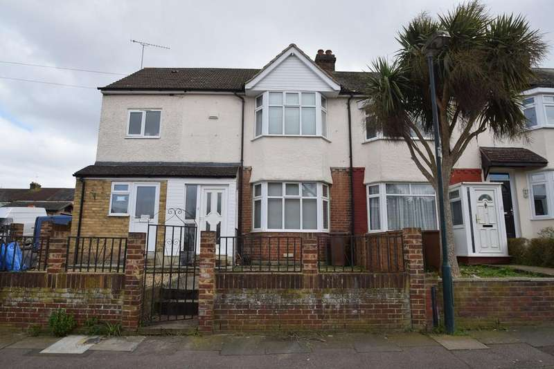 2 Bedrooms Terraced House for sale in St Leonards Avenue, Chatham, ME4