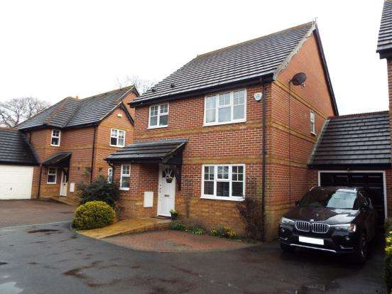 3 Bedrooms Link Detached House for sale in Baughurst, Tadley, Hampshire
