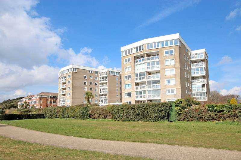 3 Bedrooms Flat for sale in Boscombe Cliff Road, Bournemouth