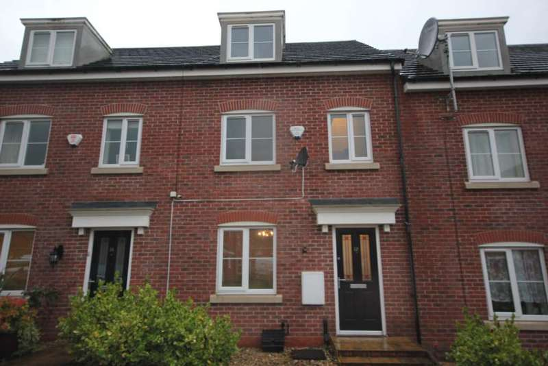 3 Bedrooms Town House for sale in Everest Close, Dukinfield