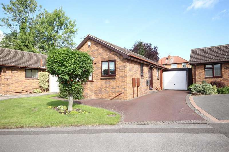 2 Bedrooms Detached Bungalow for sale in Hollowood Avenue, Littleover, Derby