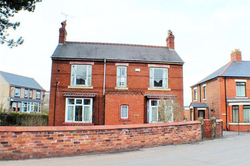 3 Bedrooms Detached House for sale in Pen Y Graig Road, Brymbo, Wrexham, LL11