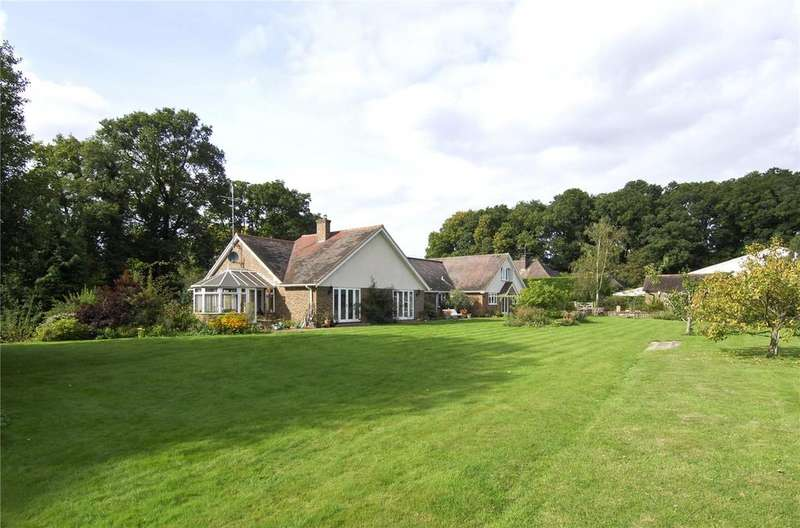 5 Bedrooms Farm Commercial for sale in Skiff Lane, Wisborough Green, Billingshurst, West Sussex
