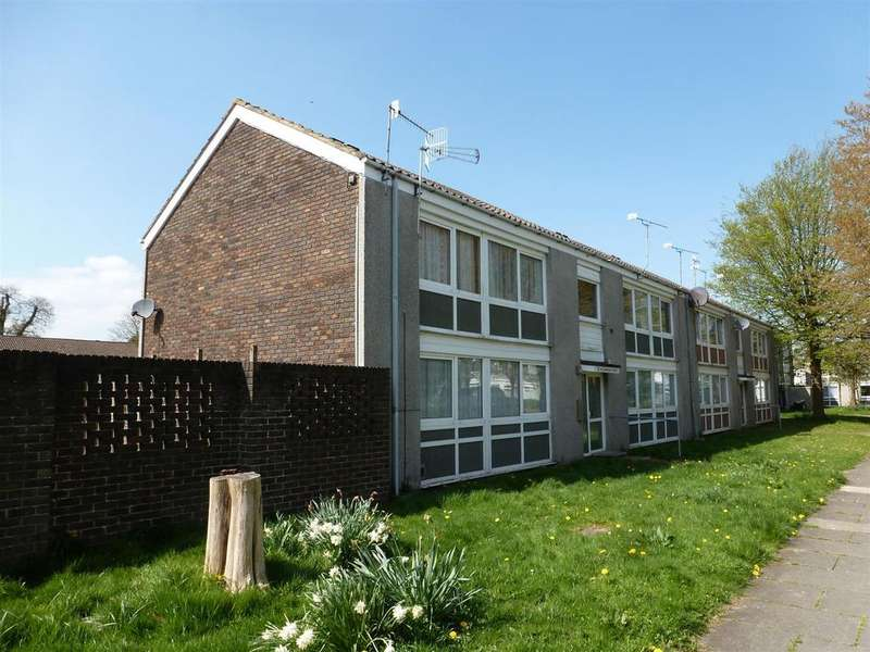 1 Bedroom Apartment Flat for sale in Hawkhurst Walk, Crawley