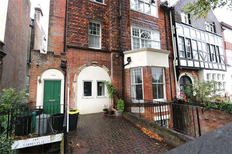 1 Bedroom Flat for sale in London Road, ST LEONARDS-ON-SEA, East Sussex