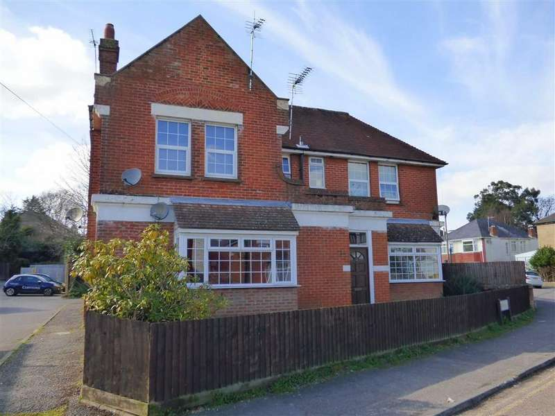 1 Bedroom Flat for sale in Ripon Road, Winton, Bournemouth, Dorset