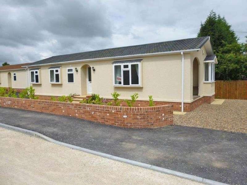 2 Bedrooms Park Home Mobile Home for sale in Plot 3, Park Homes, Landa Grove Park