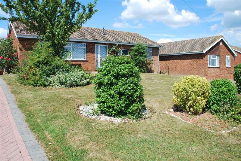 3 Bedrooms Bungalow for sale in MARSH CRESCENT, High Halstow