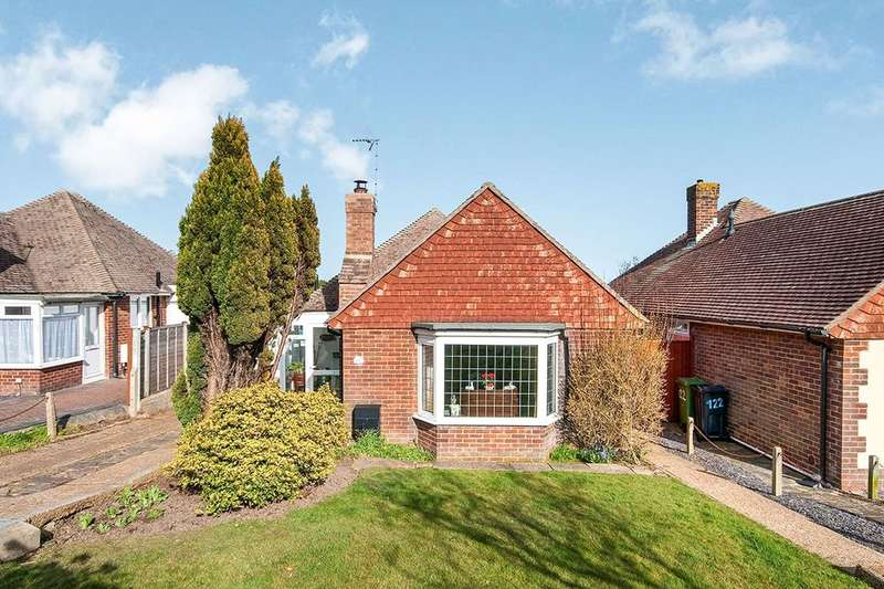 2 Bedrooms Detached Bungalow for sale in Willingdon Park Drive, Eastbourne, BN22