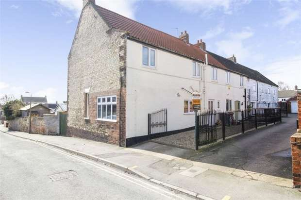 4 Bedrooms End Of Terrace House for sale in Queen Street, Winterton, Scunthorpe, Lincolnshire