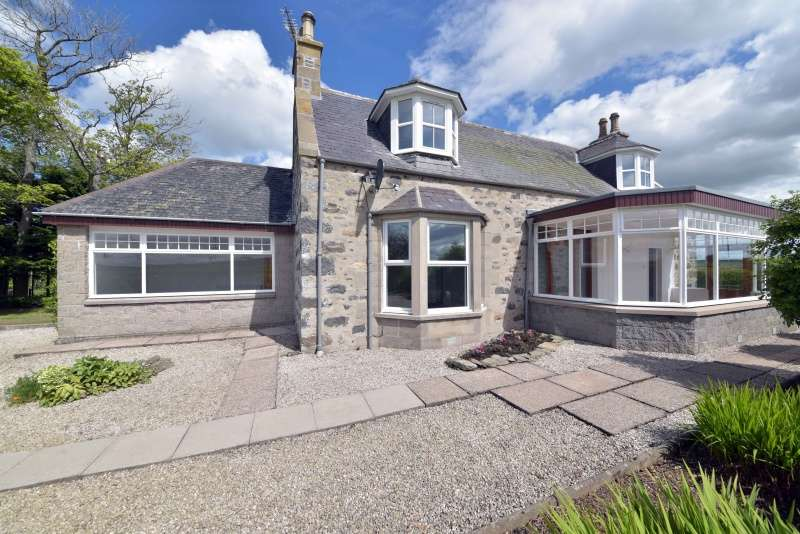 4 Bedrooms Country House Character Property for sale in , Cornhill, Banff, Aberdeenshire, AB45 2BD