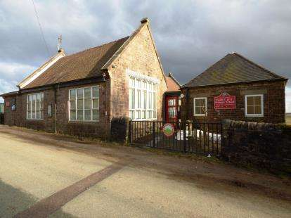 3 Bedrooms Detached House for sale in Quarnford, Buxton, Staffordshire