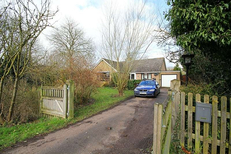 3 Bedrooms Detached Bungalow for sale in The Green, Depden, Bury St. Edmunds