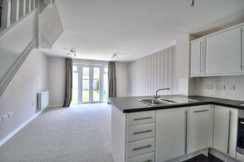 2 Bedrooms End Of Terrace House for rent in Chalkpit Lane, Chinnor