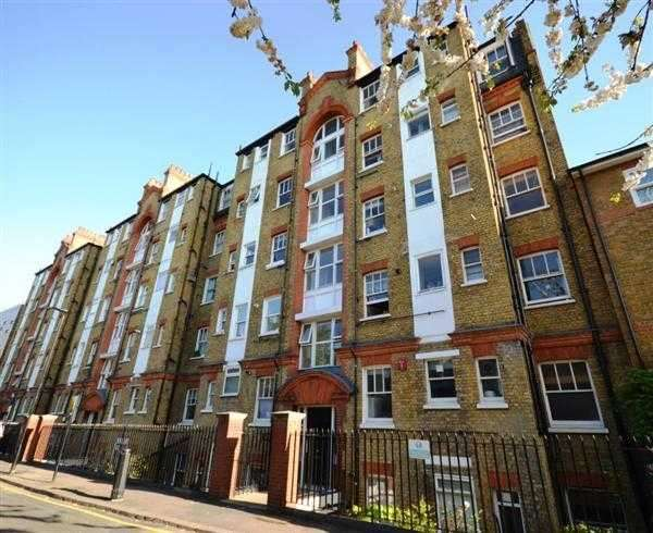 1 Bedroom Flat for sale in Dewsbury Court, London