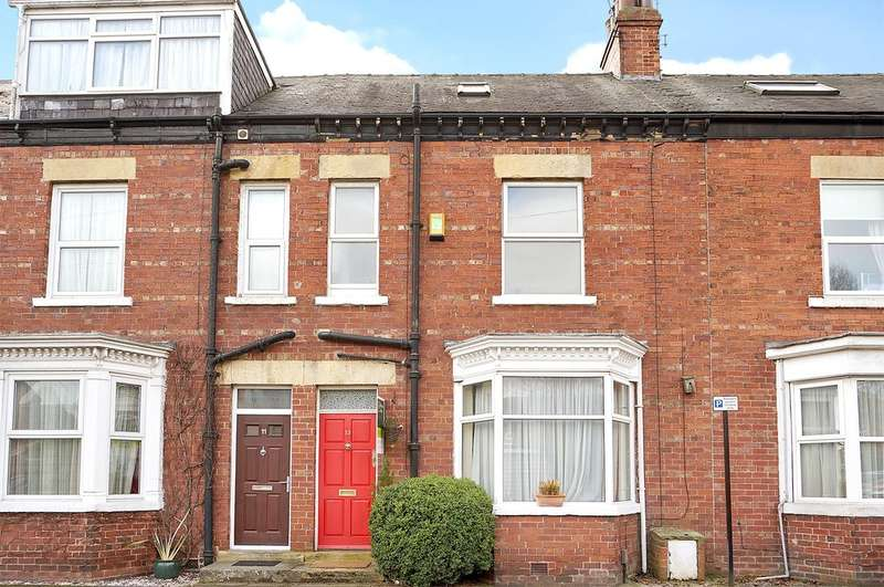 3 Bedrooms Terraced House for sale in Northgates, Wetherby