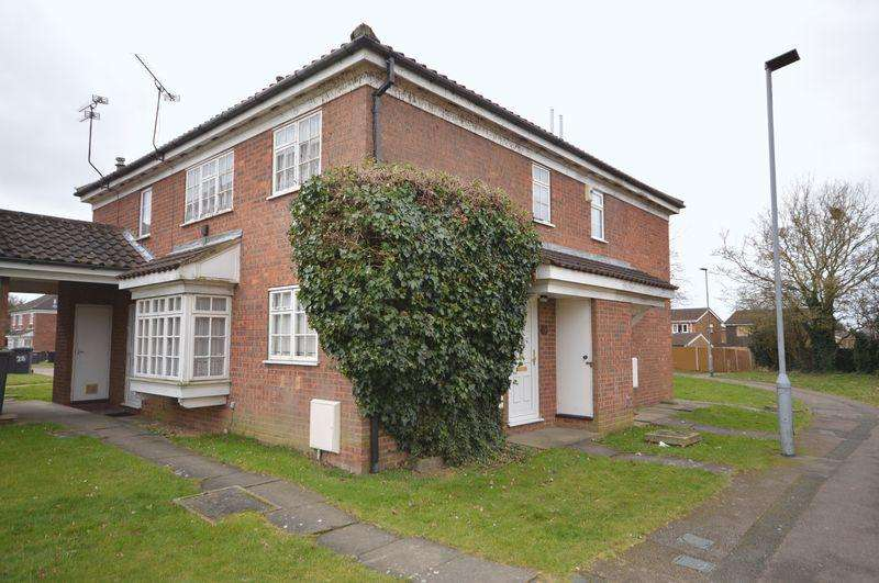 2 Bedrooms Terraced House for sale in Milverton Green, Luton