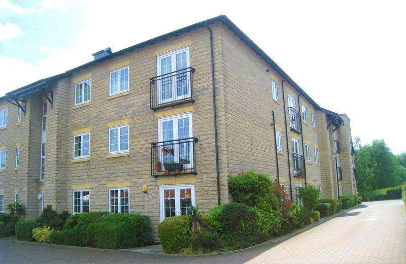 2 Bedrooms Apartment Flat for sale in Mill Fold Gardens, Littleborough
