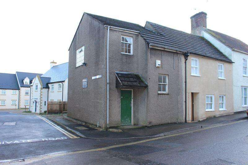 1 Bedroom House for sale in Haw Street, Wotton-Under-Edge, GL12 7AQ