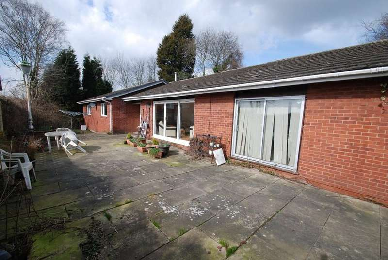 4 Bedrooms Detached Bungalow for sale in Carrs Lane, Cudworth, Barnsley S72