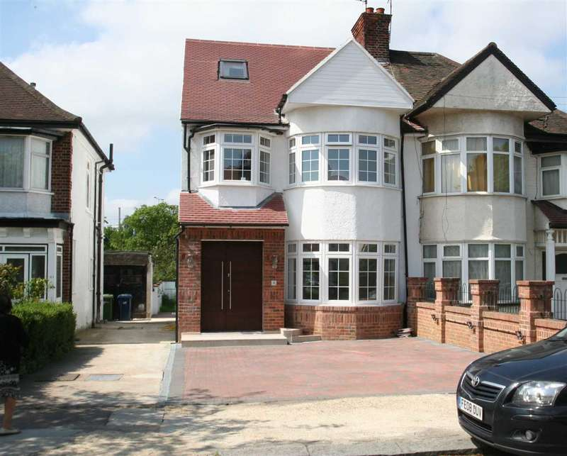 5 Bedrooms Semi Detached House for sale in Hall Lane Nw4, Hendon
