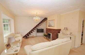 3 Bedrooms Detached Bungalow for sale in The Bungalow, Tree Fields, Long Lane, Telford, TF6 6HF