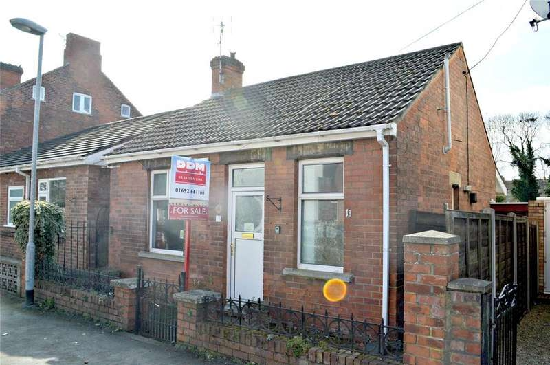 2 Bedrooms Semi Detached Bungalow for sale in Westfield Road, Barrton Upon Humber, North Lincs, DN18