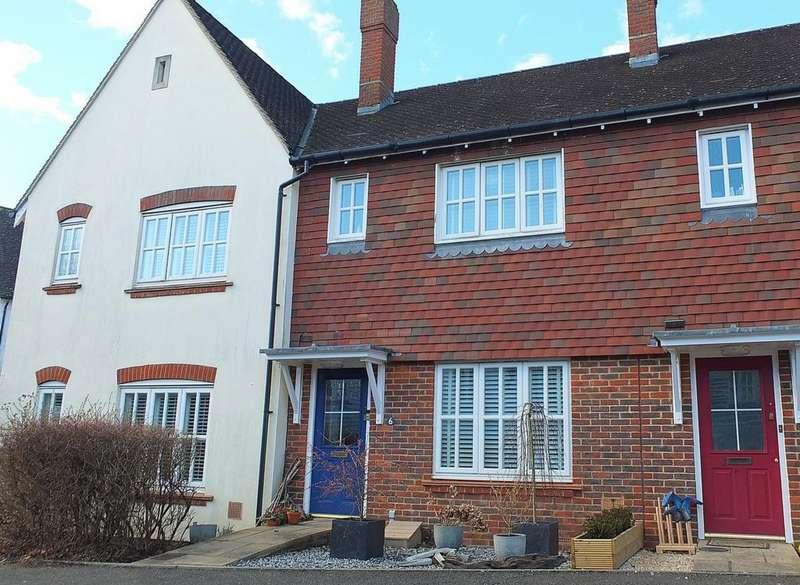 3 Bedrooms House for sale in Fletcher Way, Bolnore Village, Haywards Heath, RH16