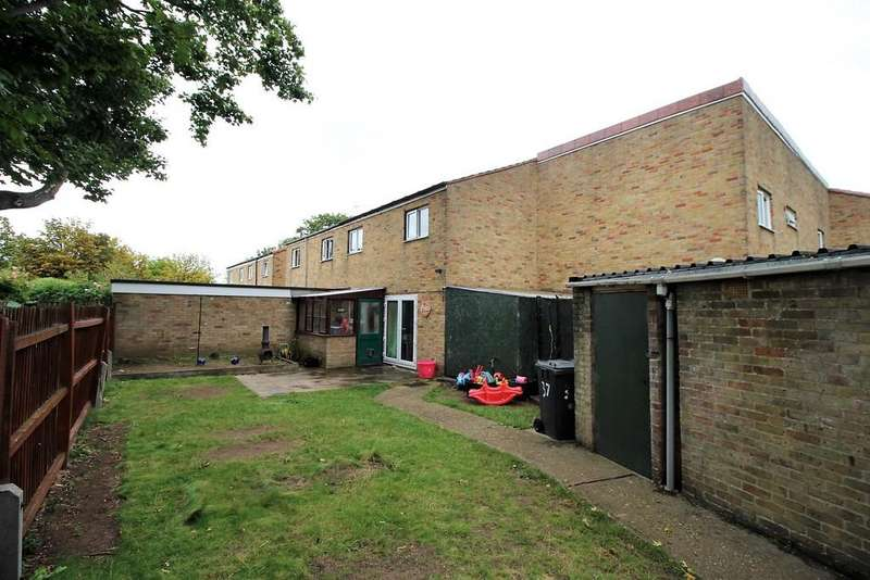 3 Bedrooms Terraced House for sale in Turpyn Court, Cambridge