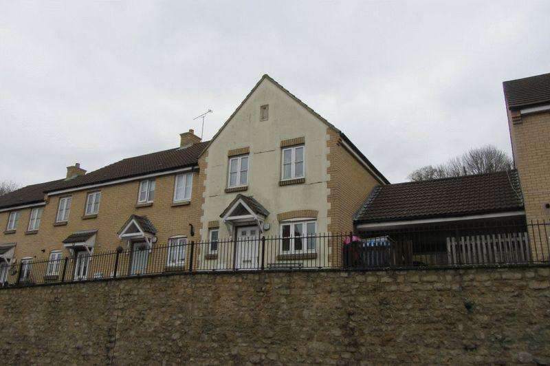 3 Bedrooms Terraced House for sale in North Street, Crewkerne