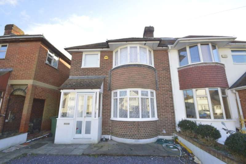 3 Bedrooms Semi Detached House for sale in Whitstable Road, Faversham, ME13