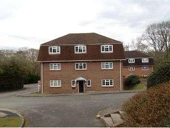 1 Bedroom Flat for sale in Longacre Rise, Chineham, Basingstoke, RG24