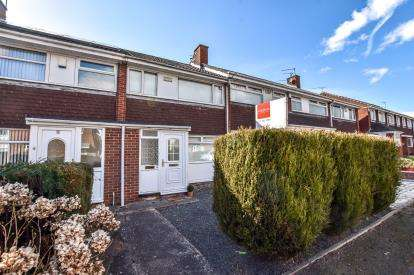 3 Bedrooms Terraced House for sale in Cosford Court, Kingston Park, Newcastle Upon Tyne, Tyne and Wear, NE3
