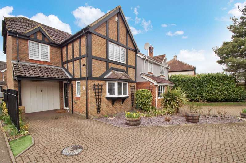 3 Bedrooms Detached House for sale in Kingfisher Drive, Nash Mills