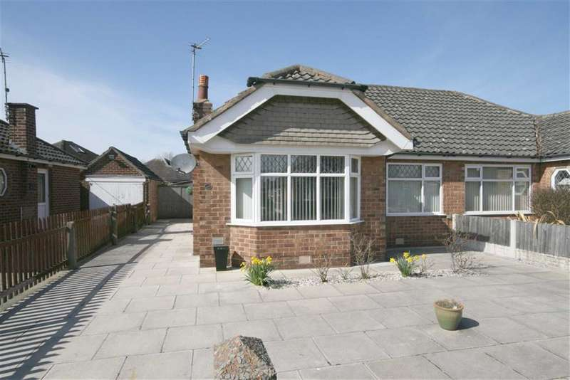 2 Bedrooms Semi Detached Bungalow for sale in Churchill Avenue, Southport
