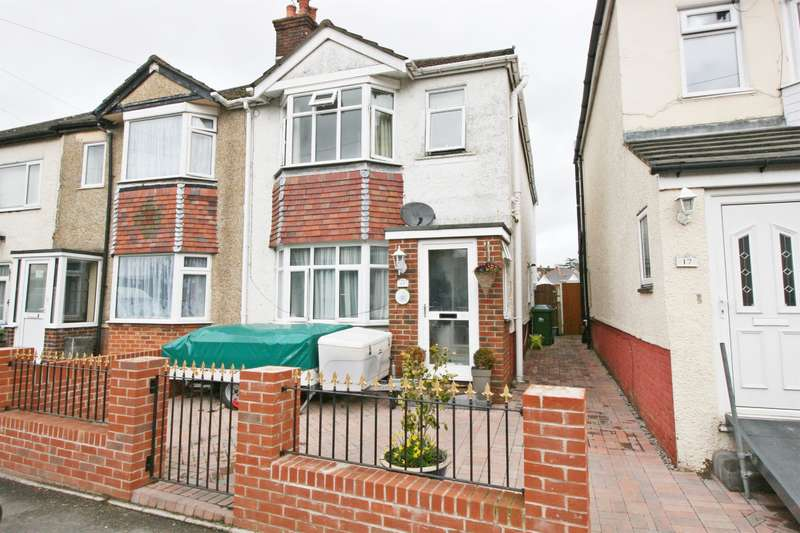 3 Bedrooms Semi Detached House for sale in Sholing Road, Itchen, Southampton, SO19 2EF