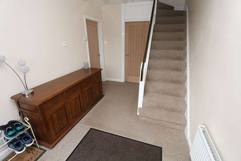 4 Bedrooms Detached House for sale in 30, Cookson Avenue, STOKE-ON-TRENT, Staffordshire, ST3 4NR
