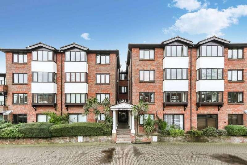 1 Bedroom Flat for sale in Widmore Road, Bromley, BR1