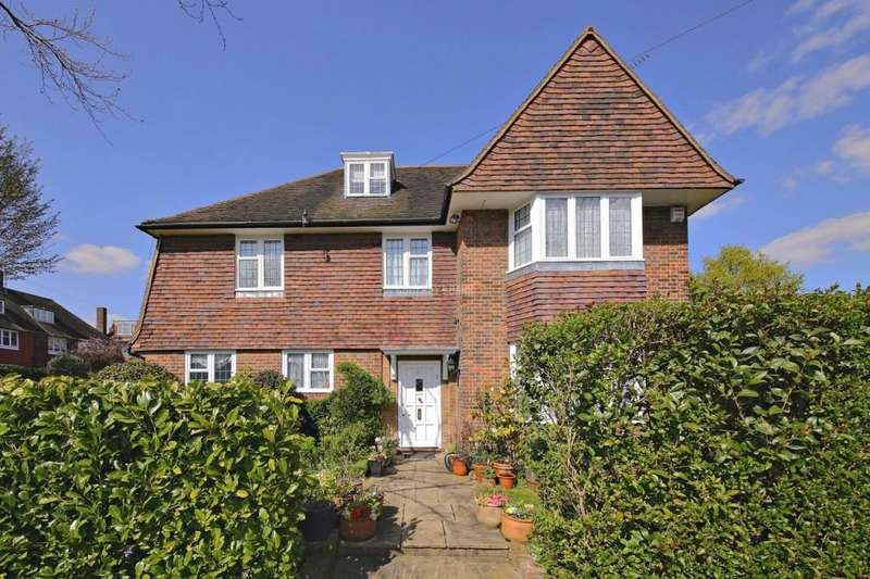 4 Bedrooms Detached House for sale in Gurney Drive, Hampstead Garden Suburb