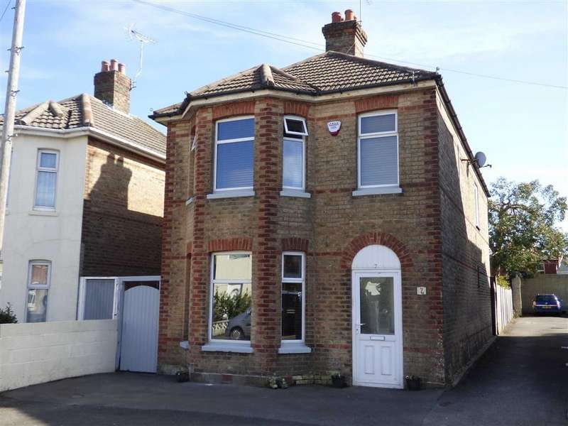 3 Bedrooms Detached House for sale in Trafalgar Road, Winton, Bournemouth, Dorset