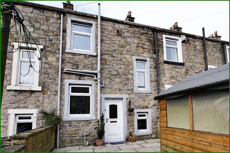 2 Bedrooms Terraced House for sale in Wellhouse Street, Barnoldswick BB18