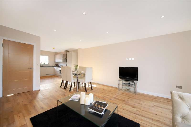 3 Bedrooms Semi Detached House for sale in River View Mews, Wandle Mill, Beddington