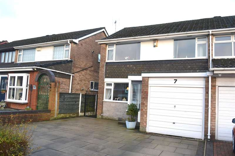 3 Bedrooms Semi Detached House for sale in Ribbesford Road, Winstanley, Winstanley