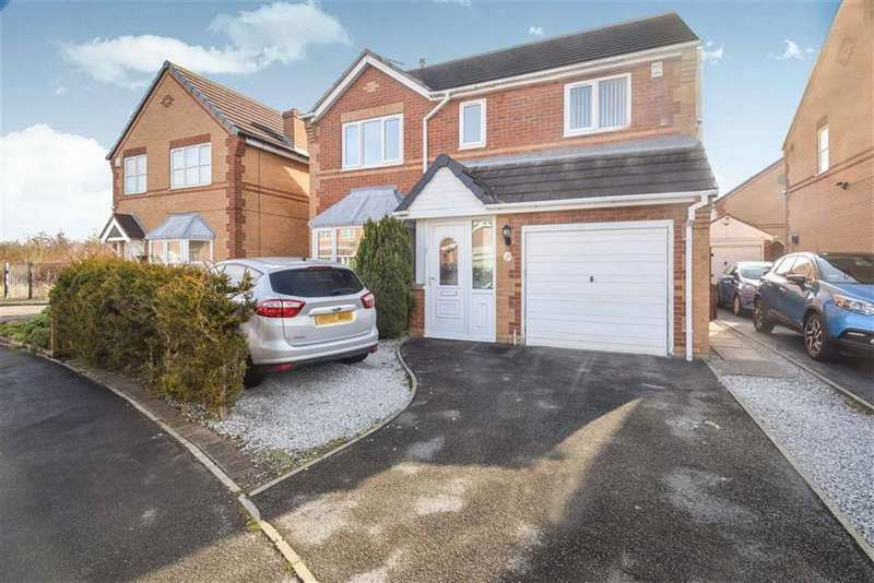 4 Bedrooms Detached House for sale in Hemble Way, Hull