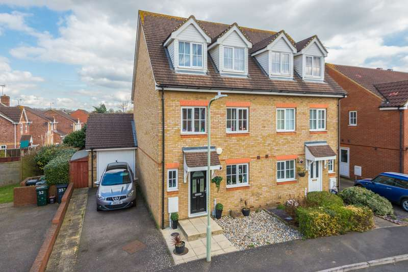 3 Bedrooms Town House for sale in Guernsey Way, Kennington, Ashford, TN24