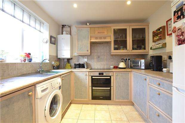 3 Bedrooms End Of Terrace House for sale in Cotswold View, BATH, Somerset, BA2 1HA