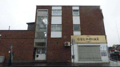 2 Bedrooms Flat for sale in 265-267 Ilford Lane, Ilford